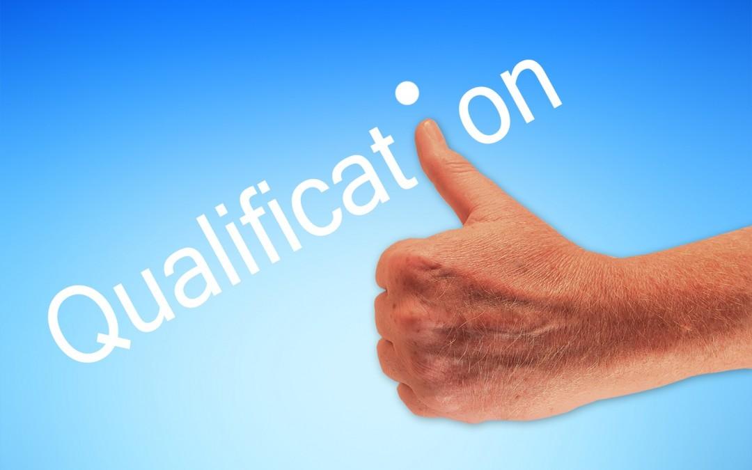 """Überarbeitung Lebenslauf und """"Qualifizierte Leistungsnachweise"""""""